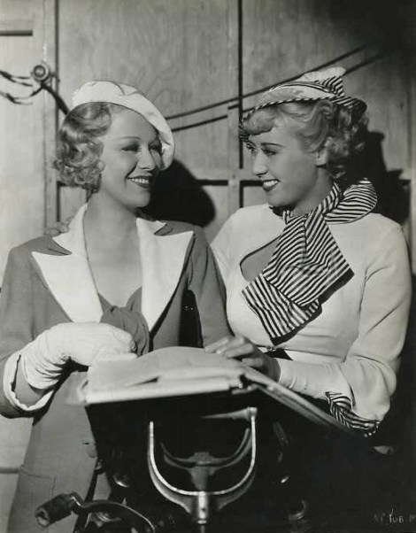 Glenda Farrell and Joan Blondell as two gold-diggers