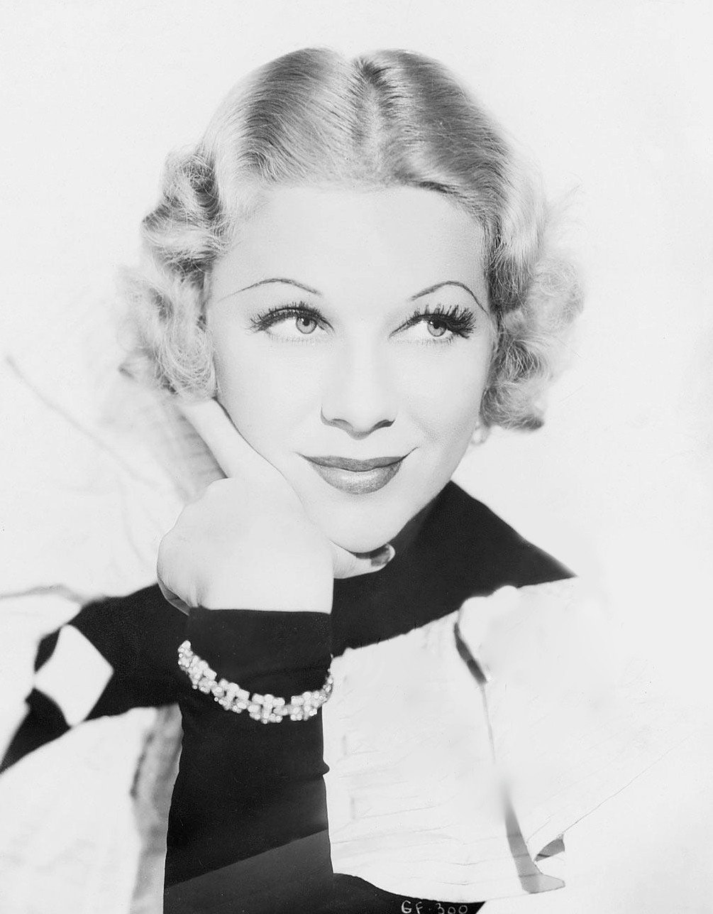 glenda farrell photosglenda farrell one tree hill, glenda farrell, гленда фаррелл, glenda farrell oth, glenda farrell actress, glenda farrell imdb, glenda farrell elvis, glenda farrell photos, glenda farrell coldwell banker, glenda farrell facebook, glenda farrell images, glenda farrell grave, glenda farrell smoking, glenda farrell measurements, glenda farrell bewitched, glenda farrell youtube, glenda farrell book, glenda farrell feet, glenda farrell torchy blane, glenda farrell unc