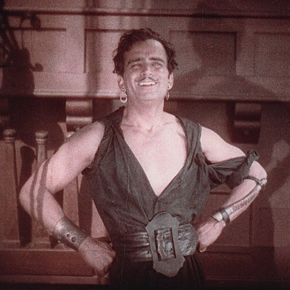 Douglas Fairbanks in The Black Pirate (1926).